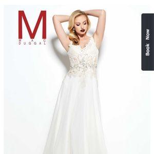 Brand New Ivory Macduggal Wedding Dress (size 4)